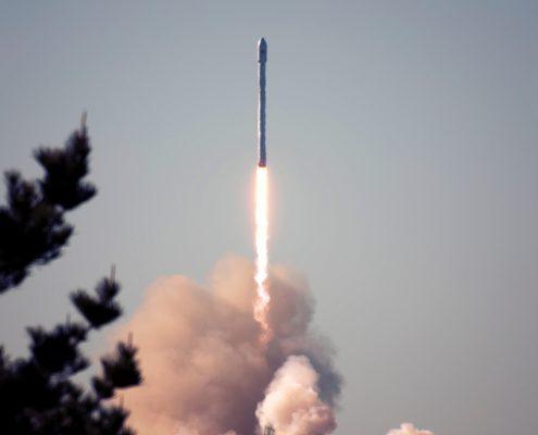 Raketenstart Senkrechtstarter